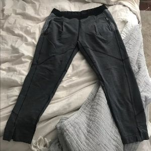 Lululemon joggers/sweats